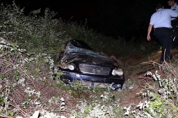 Adana'da otomobil tarlaya devrildi: 1 yaralı