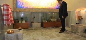"""Tahtalı Hamam'a ziyaretçi akını Gürkan: """"Hamam müzesi yapılması isabetli bir karar"""""""