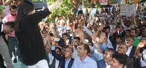 """Bakan Sarıeroğlu: """"Güçlü bir lider ve meclisle Türkiye'yi hiç kimse durduramayacak"""" Çalışma ve Sosyal Güvenlik Bakanı Jülide Sarıeroğlu: """"Türkiye'nin ilerlemesinden, kalkınmasından, gelişmesinden rahatsızlar"""" """"Büyüme kalkınma yolunda hep beraber rekorlarla imza atmaya devam edeceğiz"""""""