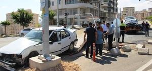 Şanlıurfa'da trafik kazası: 9 yaralı Şanlıurfa'da iki otomobil çarpıştı: 9 yaralı