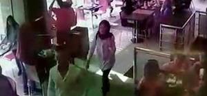 Restoranda unuttuğu cep telefonu çalındı