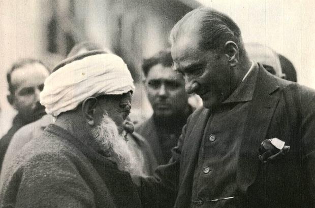 Atatürk'e destek için altınlarını veren din adamı