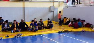 Bitlis'te 81 kaçak yakalandı