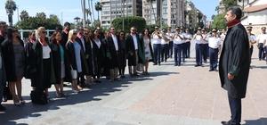 Avukatlar Atatürk anıtına çelenk sundu