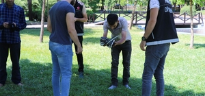 Diyarbakır'da 500 polisle parklarda huzur uygulaması gerçekleştirdi