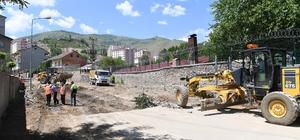 Hükümet caddesinde asfalt hazırlığı