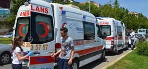 2 minibüs çarpıştı, 4 yolcu yaralandı Bölgeye çok sayıda ambulans sevk edildi