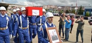 Şehit Uzman Çavuş Bahattin Baştan'ın cenazesi askeri uçakla Trabzon'a getirildi