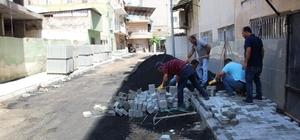 İskenderun Belediyesi'nden yol ve kaldırım çalışması