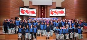 Şahinbey'de kitap okuma yarışmasında dereceye giren 681 öğrenciye ödül