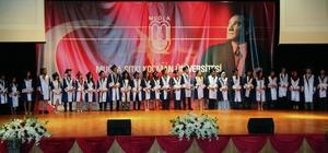MSKÜ Tıp Fakültesinde mezuniyet töreni Muğla Sıtkı Koçman Üniversitesi Tıp Fakültesi'nden mezun olan 43 yeni doktor adayı için Üniversite AKM salonunda tören düzenlendi.