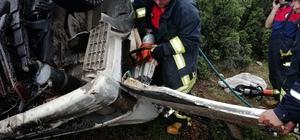 Denizli'de kamyon şarampole devrildi: 1 ölü