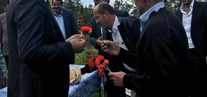MHP Milletvekili Adayı Kılıç, vatandaşlarla bir araya geldi
