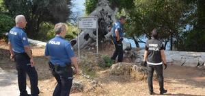 Antalya'da metruk yapılara polis baskını Metruk yapı, park ve bahçelere yönelik düzenlenen operasyonlarda 110 paket satışa hazır uyuşturucu madde ele geçirildi