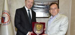 Avustralya'nın Türkiye Büyükelçisi Brown Trabzon'da