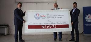 Gençlik ve Spor Bakanlığı tarafından Van'da amatör spor kulüplerine nakdi yardım yapıldı