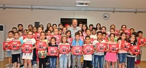Efeler Belediyesi'nden çocuklara anlamlı karne hediyesi