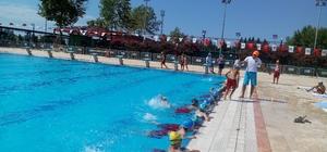 Çocuklar SODES projesi ile havuzla buluştu