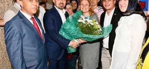 """AK Parti'li Turan: """"Bu CHP Atatürk'ün kurduğu parti değil"""" """"Seçim kampanyasına Anıtkabir'den değil cezaevindeki Selahattin Demirtaş'tan başladılar"""""""