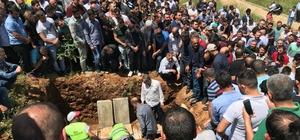 Trafik kazasında hayatını kaybeden 3 genç toprağa verildi