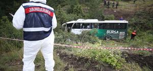 GÜNCELLEME 2 - Bursa'da otobüs şarampole devrildi