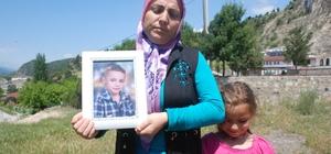 Kayıp çocuklarından gelecek haberi bekliyorlar Tokat'ın Reşadiye ilçesinde 906 gündür kayıp olan 2 çocuktan 5 yaşındaki Dursun Kağan Taşçı'nın ailesi gelecek bir haberi bekliyor