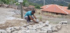 Burhaniye'de Başkan Uysal kırsal mahalleleri çamurdan kurtardı