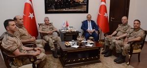 Jandarma Genel Komutanı Çetin, Vali Yavuz'u ziyaret etti