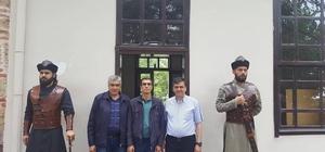Başkan Yalçın Ertuğrul Gazi Türbesi'ni ziyaret etti