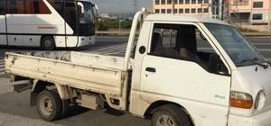 Çaldığı kamyonet bozulunca polise yakalandı