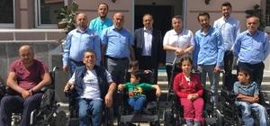 İstanbul'dan Hakkarili engellilere akülü sandalye