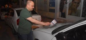 AK Parti Manisa Teşkilatı sabaha kadar uyumadı İl Başkanı Berk Mersinli ve AK Parti Teşkilatı kapı kapı dolaşarak broşür dağıttı