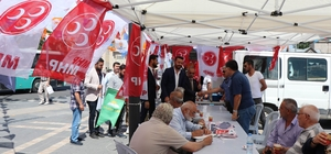 7 parti temsilcisi birleşti, parti stantlarını gezdi