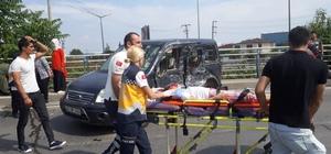 Yakıt tankeri ile hafif ticari araç çarpıştı: 1'i ağır 3 yaralı