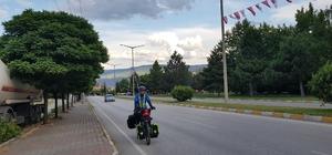 Kutsal topraklara ulaşabilmek için Malezya'dan bisikletle yola çıktı Binlerce kilometre pedal çeviren Abdullah Adly, Kastamonu'ya ulaştı