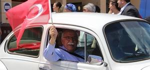 Eskişehir'de kasik araçlarla 'Demokrasi Konvoyu' Nabi Avcı VosVos'uyla demokrasi konvoyunda