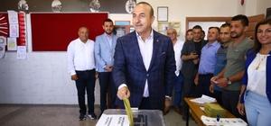 Dışişleri Bakanı Çavuşoğlu oyunu memleketi Antalya'da kullandı