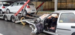 Otomobil park halindeki tıra çarptı: 1 ölü, 2 yaralı