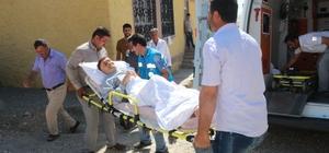 Sedyelerle sandığa gittiler Sandığa gidemeyen hastaları sağlıkçılar götürdü