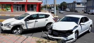 Diyarbakır'da trafik kazası: 4'ü çocuk 7 yaralı