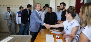 """Eker oyunu kullandı AK Parti Genel Başkan Yardımcısı ve Diyarbakır Milletvekili adayı Mehdi Eker: """"Yaklaşık bir ay içerisinde biz konuştuk, bugün millet konuşacak"""""""
