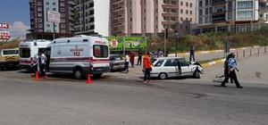 Kırıkkale'de iki otomobil çarpıştı: 8 yaralı