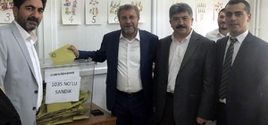 Milletvekili Ahmet Tan oyunu kullandı