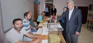 Belediye başkanları oylarını kullandı
