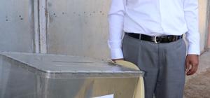 Köyde kurulan sandıkta 2 seçmen oy kullandı