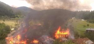 Kastamonu'da çıkan yangında 3 ev, 3 kuruluk, 3 ahır, 2 ambar yandı