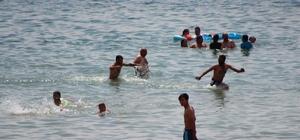 Oyunu kullanan seçmen Anadolu plajına akın etti