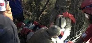 Paraşüt pilotu düştüğü yerden helikopterle kurtarıldı