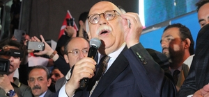 AK Parti'li milletvekilleri seçimi şarkılarla kutladı