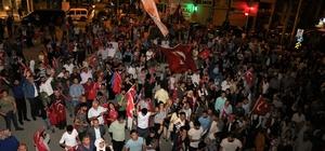 AK Parti'nin seçim başarısı Van'da kutlandı